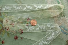 1 yard Antique lace cotton tulle berry  trim by duchesstrading