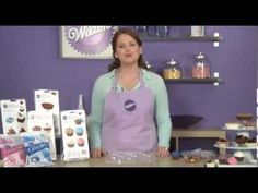 ▶ Creating Candy Containers with Two-Piece Wilton Candy Molds - YouTube