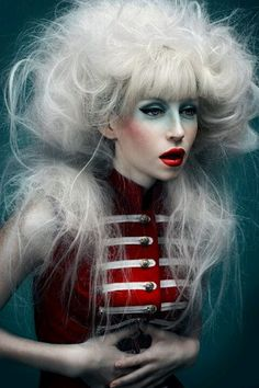"نتيجة بحث الصور عن ‪Still Lives"" by Noddy's On King, Australian Hair Team of the Year 2014. Photog: Troyt Coburn; MUA: Andrea Blac‬‏"