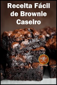 Receita Fácil de Brownie Caseiro #comofazerbrowniecaseiro #browniecaseiroreceita #browniecaseiro #comofazerbrowniecaseiroreceita #receitadebrowniecaseiro #browniecaseirocaseiro #browniecaseirocomofazer #receitafacildebrowniecaseiro #receitarapidadebrowniecaseiro #receitas #dicasdodia #dietadodia #receitasfitness Bread Cake, Blondies, Food Truck, Cake Pops, Deserts, Food Porn, Food And Drink, Low Carb, Cooking Recipes