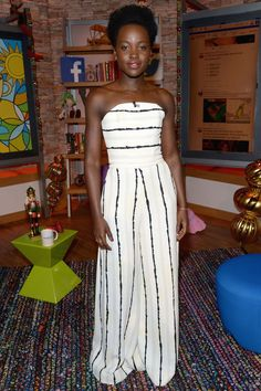 "Lupita Nyongo's red carpet style for ""Star Wars: The Force Awakens"" has us wanting all things chic."