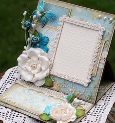 Frame card, by Susan @ Killam Creative.