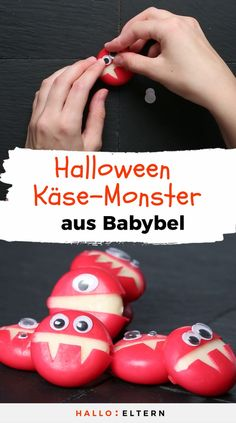 Fingerfood für Halloween: freche Käse-Monster These creepy guys are perfect for your next Halloween or monster party and are made ingeniously simple. Comida De Halloween Ideas, Halloween Snacks For Kids, Easy Halloween Food, Halloween Appetizers, Halloween Dinner, Halloween Drinks, Halloween Desserts, Halloween Cupcakes, Halloween Activities