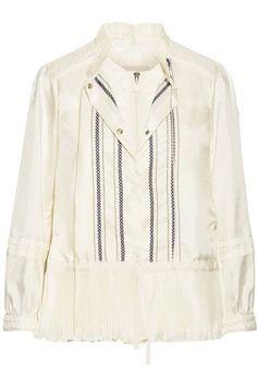 MONCLER . #moncler #cloth #jackets