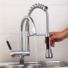 92.00$  Watch here - http://aligm4.worldwells.pw/go.php?t=1153256759 - Modern Chrome Kitchen Mixer Valve Water Taps Pull Out Design Sink Faucet leon61