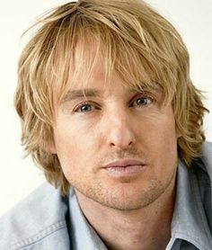Owen Wilson Surfer Hairstyle - shaggy back layers Owen Wilson, Famous Men, Famous Faces, Famous People, Hollywood Stars, Amanda Seyfried, Surfer Hairstyles, Men Hairstyles, Actor