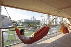 Flenderhaus in Vienna, Austria is a building dedicated to hanging out in hammocks! Can you imagine a free public space that anyone can go relax and hang out? Hanging Hammock, Architecture Office, Story House, Sustainable Design, Public Art, Installation Art, Relax, House Design, Building