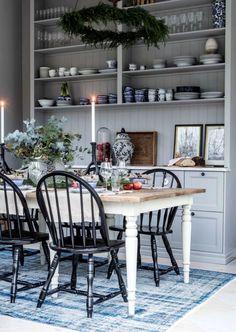 Swedish Interior Design, Interior Design Layout, Beautiful Interior Design, Cozy Kitchen, Kitchen Decor, Beautiful Kitchens, Home Living Room, Home Decor Inspiration, Kitchen Interior