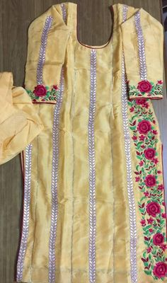 Bridal Suits Punjabi, Punjabi Salwar Suits, Designer Punjabi Suits, Punjabi Bride, Indian Designer Wear, Embroidery Suits Punjabi, Embroidery Suits Design, Embroidery Dress, Indian Suits