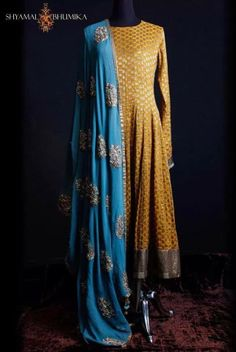 *This color yellow top, blue bottom with red dupatta* Converting this into a yellow lengha with heavy work blue dupatta India Fashion, Ethnic Fashion, Asian Fashion, Fashion Online, Women's Fashion, Indian Attire, Indian Ethnic Wear, Indian Style, Pakistani Outfits