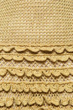 Vestido Crochet Scarlette Dourado - Vanessa Montor - vanessamontoro
