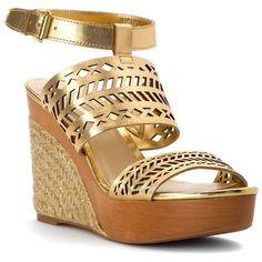 Lauren Ralph Lauren Women's Georgina (392797802) (195 BRL) ❤ liked on Polyvore featuring shoes, sandals, rl gold metallic kidskin, ankle tie sandals, espadrille sandals, wedge sandals, ankle wrap espadrille and ankle wrap wedge sandals