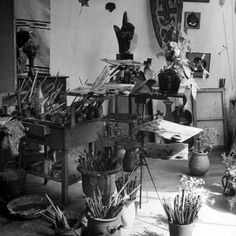 Georges Braque's Studio - Sometime you need just the right brush!