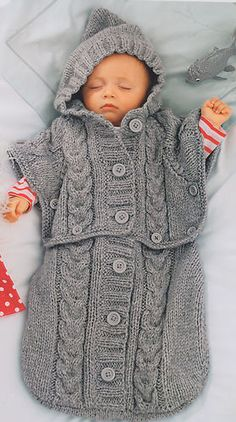 £1.75Clever Chunky Baby Sleeping Bag ~ Converts to Hooded Poncho ! 0 ~ 6 mths To Knit | eBay