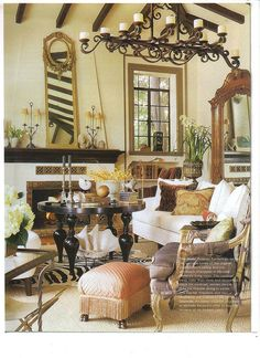 living room of former home of Michelle Niday of MichelleNiday Interiors.