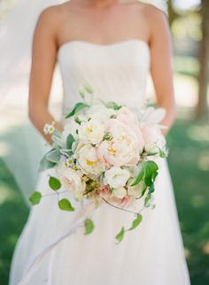 Romantic Garden-Inspired Bridal Bouquet | Caroline Tran Photographer | Flowers: Saipua | www.theknot.com