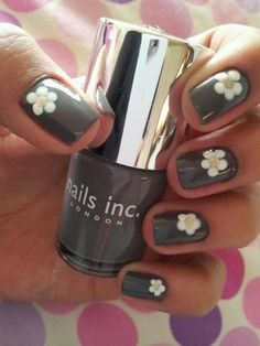 Nail Designs Pictures 2017 Nail Designs Pictures Stash - Floral nail art Spring Nail Trend: Mint NailsLeuk nail art-ontwerp voor de lente die j. Cute Nails, Pretty Nails, My Nails, Daisy Nails, Flower Nails, Nail Designs Spring, Nail Art Designs, Spring Nails, Summer Nails