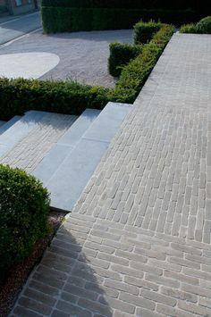 Awesome choices to experiment with Garden Stairs, Garden Floor, Garden Paving, Garden Paths, Landscape Design, Garden Design, Patio Design, Clay Pavers, Paver Sand