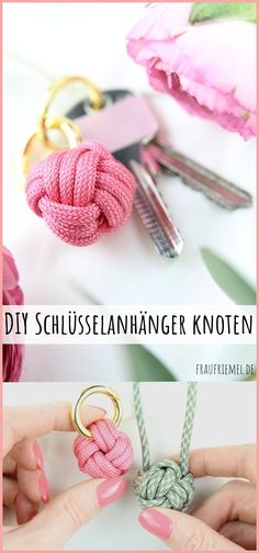 Schlüsselanhänger knoten aus Paracord DIY Keychain knots – simple guide for the monkey fist (practical ball knot) Small DIY gift idea for women and men. DIYs with little material. Make keyring DIY keyring yourself Related posts: Keyrings made of paracord Diy Jewelry Rings, Diy Jewelry Unique, Diy Jewelry Making, Beaded Jewelry, Paracord Diy, Paracord Keychain, Paracord Projects, Make Your Own Keychain, Diy Gifts For Christmas