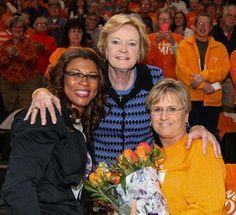 VFL Nikki Caldwell, Pat Summitt, Holly Warlick.