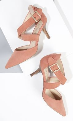Coral suede mid heel in soft genuine materials with sweeping crossed straps and a pointed toe