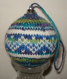 Ravelry: willow4's 2011 - 62 Christmas Balls