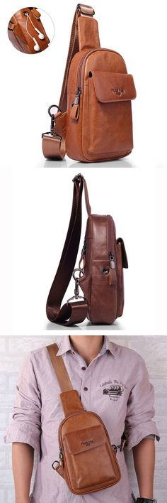 Design of hole for earphone. Sacoche Holster, Leather Men, Soft Leather, Leather Jackets, Stylish Camera Bags, Vintage Chest, Leather Accessories, Backpack Bags, Duffle Bags