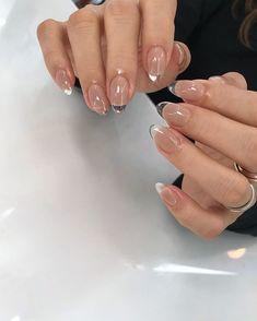 Hitomi Matsubara on Stylish Nails, Trendy Nails, Clear Acrylic Nails, Neutral Acrylic Nails, Nagellack Design, Funky Nails, Fire Nails, Minimalist Nails, Nagel Gel