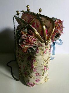 sac a main vintage tissu liberty fermoir metal double clic : Sacs à main par les-folies-de-lili-marlene