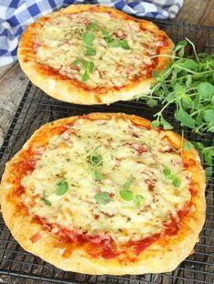 bakpulverpizza9 New Recipes, Cooking Recipes, Favorite Recipes, Healthy Recipes, Recipies, Kebab Wrap, Pita Pizzas, Serbian Recipes, Food Inspiration