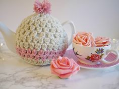 Fancy making a tea cosy? I've had a HUGE amount of cyber love for this tea cosy tutorial. And with Mothers Day just around the corner...I think it's the perfect gift! The video tutorial is up on my Yo