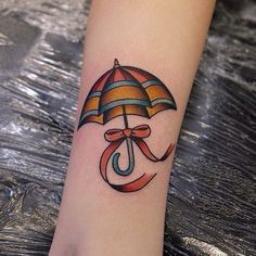Lil umbrella for Ellie, thank you!! Hannahclarktattoo@gmail.com...