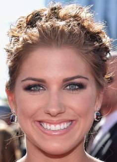 Alex Morgan's Smoky Eyes