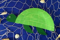 Make a turtle, Diy Couture Cadeau, Diy Cadeau Maitresse, Diy Cadeau Noel, Diy Christmas Decorations, Textiles, Blog Deco, Chocolate Gifts, Diy Kits, Pin Collection