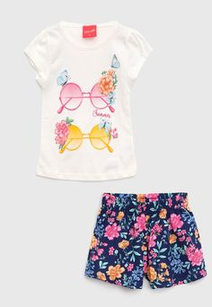 Fashion Kids, 1st Birthday Shirts, Pony Rides, Boho Shorts, Casual, Off White, Little Girls, Kids Outfits, Glitter