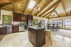 A kitchen anyone would want to cook in! 47-464 Lulani St, Kaneohe, OAHU  Carvill Sotheby's International Realty