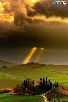 The First Rays  Tuscany  ITALY