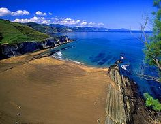 Itzurun una de las playas de Zumaia