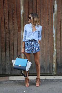 SheIn offers Blue Drawstring Waist Totems Print Shorts & more to fit your fashionable needs. Short Outfits, Casual Outfits, Fashion Outfits, Womens Fashion, Net Fashion, Street Fashion, Looks Chic, Casual Looks, Casual Chic