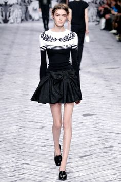 Viktor & Rolf Herfst/Winter 2013-14 (6) - Shows - Fashion