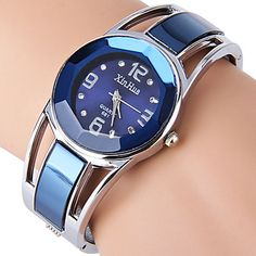ELEOPTION Bracelet Design Quartz Watch with Rhinestone Dial Stainless Steel Band Free womens Watch Box XINHUAJewelry Blue *** You can get additional details at the image link. Womens Watch Box, Ladies Bracelet Watch, Bracelets Design, Cheap Bracelets, Skeleton Watches, Girls Jewelry, Fashion Watches, Women's Watches, Wrist Watches