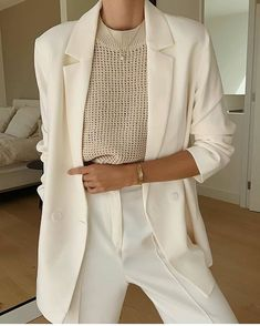 Glamouröse Outfits, Classy Outfits, Casual Outfits, Fashion Outfits, Fashion Trends, Travel Outfits, Fashion Fashion, Indian Fashion, Korean Fashion