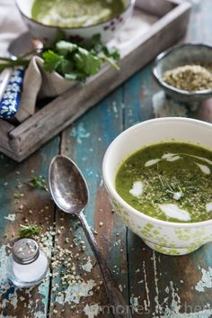Made it tonight.  Delicious.  Broccoli spinach soup - Whole30 - simoneskitchen.nl