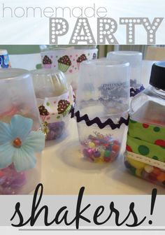 Try this fun craft with the kids and make some easy, diy, party shakers! These homemade party shakers are a festive way to bring in the New Year with kids. Plus, they feel so special knowing they made these themselves. It makes holiday fun all the more special!  #newyears #holiday #crafts #kidsactivities #kidscrafts #birthday