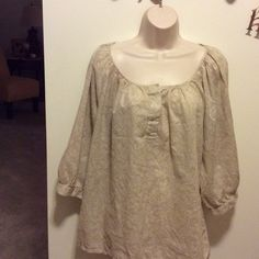 Old Navy peasant blouse. REDUCED White and tan paisley print, softest cotton.   Perfect with khakis on a hot summer day.  3/4 puffy sleeve. Old Navy Tops Blouses