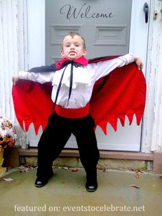 Vampire Halloween Costume- {plus 42 more DIY Costume Ideas}