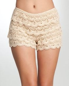 Celebrities who wear, use, or own Bebe Crochet Scalloped Shorts. Also discover the movies, TV shows, and events associated with Bebe Crochet Scalloped Shorts. Shorts Crochet, Crochet Clothes, Lace Shorts, Fashion Moda, Love Fashion, Womens Fashion, Fashion Trends, Dress For Short Women, Short Dresses