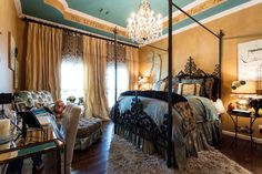 Flashing back to the fun I had turning a boring #bedroom into a sumptuous sanctuary. http://donnamossdesigns.com/ | #DonnaMossDesigns #DonnaDecoratesDallas #Design