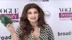 Tiwnkle Khanna at Vogue Beauty Awards 2014