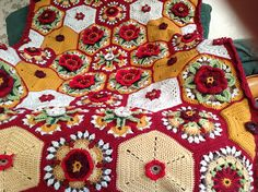 Ravelry: craftyfingers' Frida's Flowers Blanket